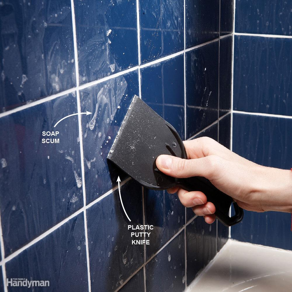 Manomano mano mano thehandymano the handy mano diy do it yourself cleaning tips expert advice hacks Quick and Easy House Cleaning Tips putty scrape scum soap dirt