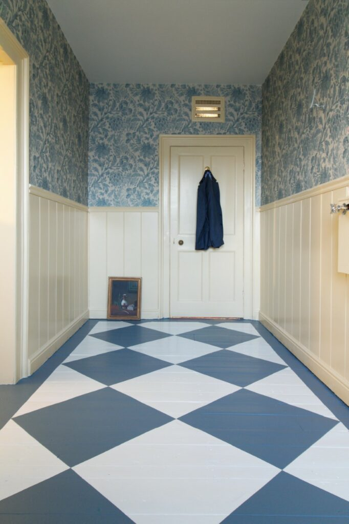 DIY bathroom flooring design