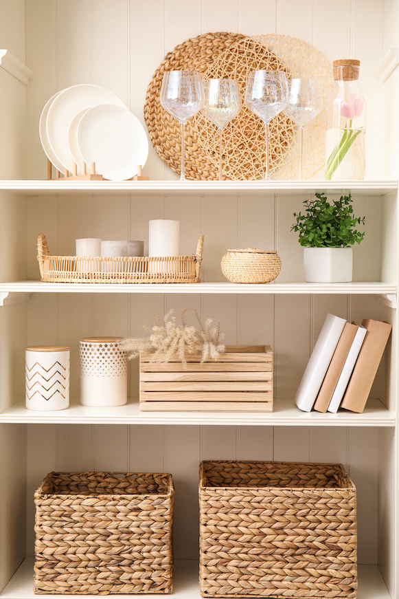 Boxes are practical to tidy things away on the shelfie